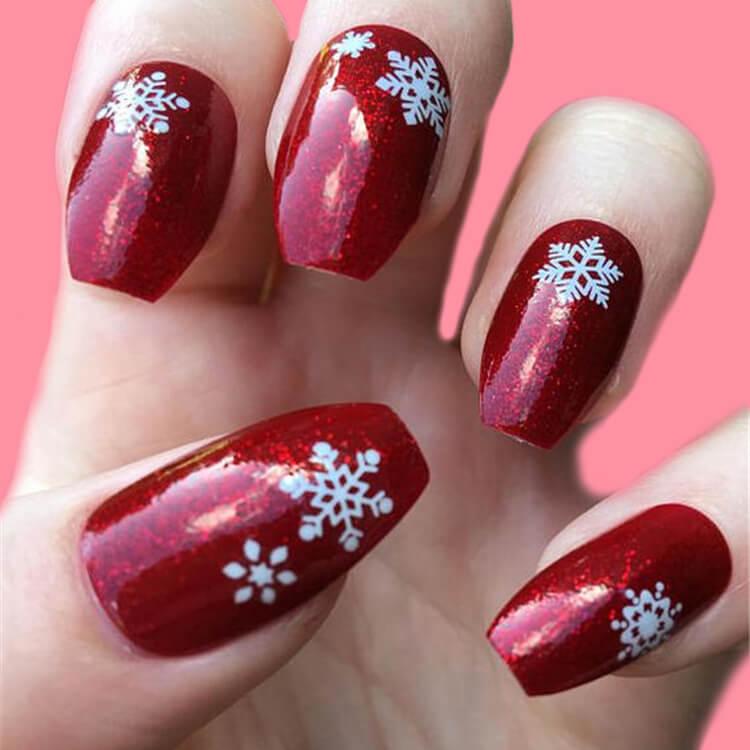 Christmas Nail Ideas 35