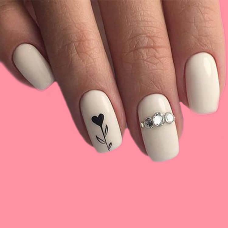 Show all Valentine's Day Nails Design for Romantic Day 14