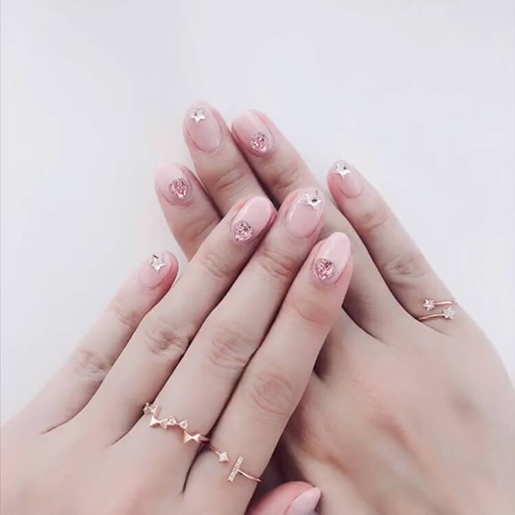 Valentine's Day Hearts Nail Designs 16